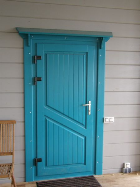 Деревянные входные двери в частный дом своими руками